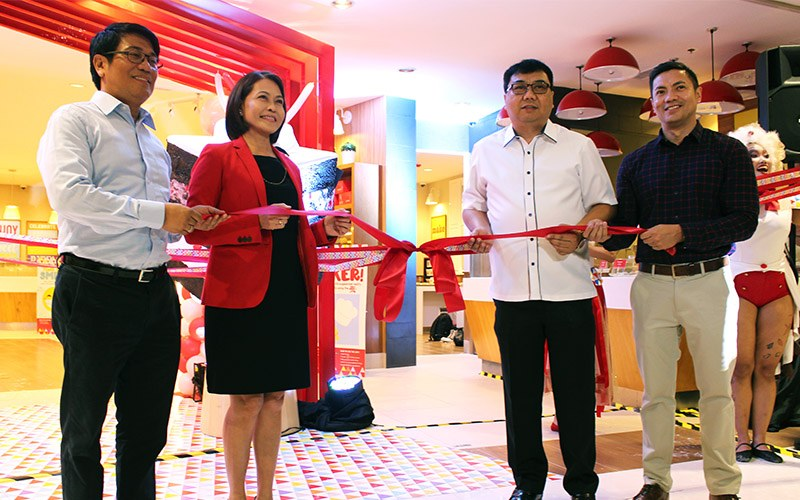 red ribbon flagship store
